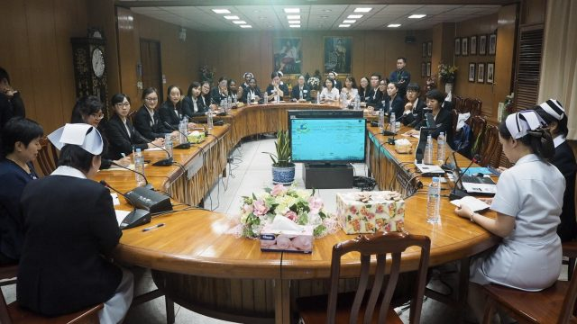 Faculty of Nursing, Chiang Mai University Visits Siriraj