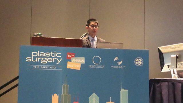 Siriraj Plastic Surgeon Received the Best Presentation Award
