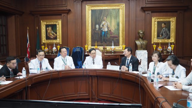 International Diabetes Federation Visits Siriraj