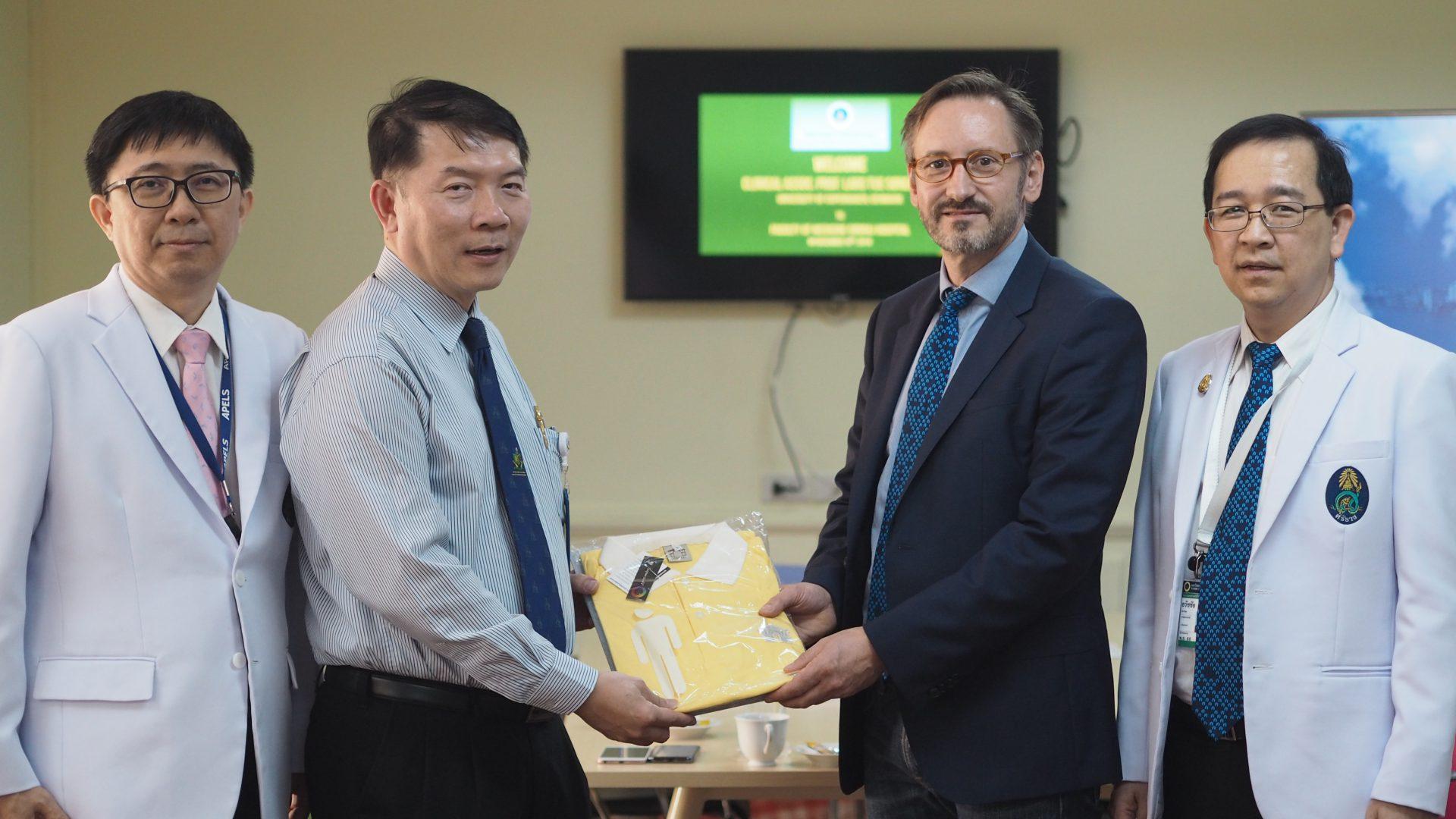 Professor of University of Copenhagen, Denmark Visits Siriraj