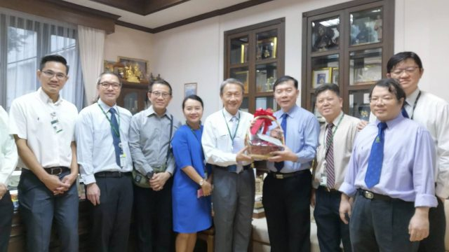 Department of Surgery visits Dean for the celebration New Year 2019