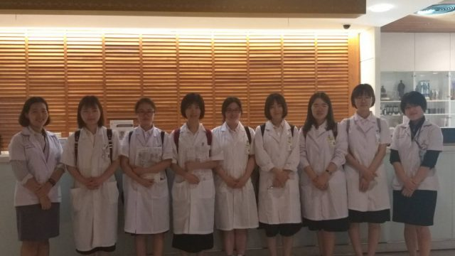 Students from Peking University Health Science Center Attend Medical Elective at Siriraj