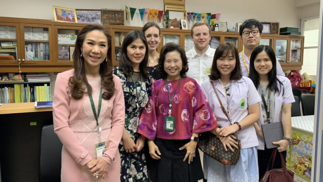 Resident from Oregon Health & Sciences University USA Undertake a Clinical Elective at Siriraj